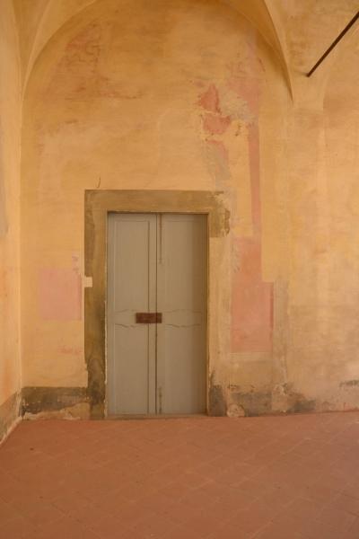 Il Chiostro prima del restauro 1 ©CertosadiCalci-MiBACT