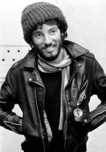 Bruce-springsteen-beard-bonet-leather-jacket