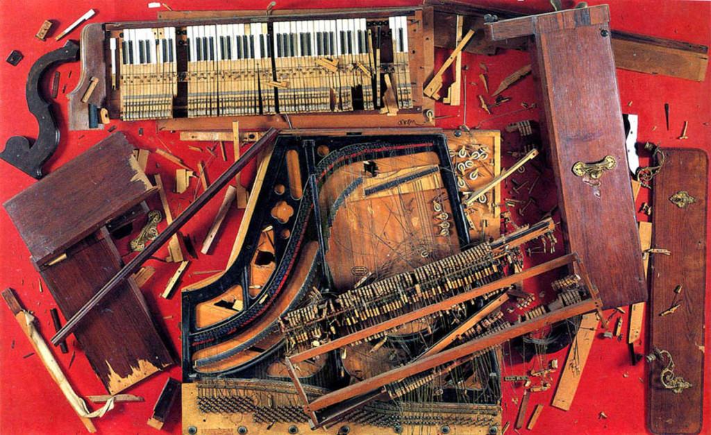 Arman, Chopin's Waterloo, 1961, pezzi di pianoforte fissati su un pannello di legno