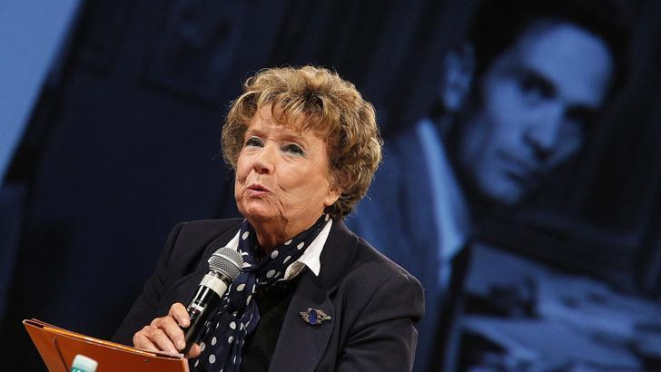 La scrittrice Dacia Maraini al Teatro India durante la presentazione delle iniziative per commemorazione del 40° anniversario della scomparsa di Pier Paolo Pasolini, Roma, 20 ottobre 2015. ANSA/GIUSEPPE LAMI