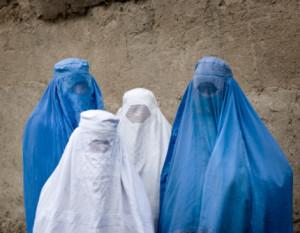 fig.2 donne di Kabul oggi