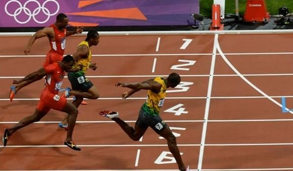 usain-bolt-100-metri-londra-2012-olimpiadi